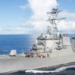 Zderzenie amerykańskiego niszczyciela z liberyjskim tankowcem. 10 marynarzy zaginęło