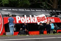 Zderzenie autobusu z samochodem osobowym. Są ranni