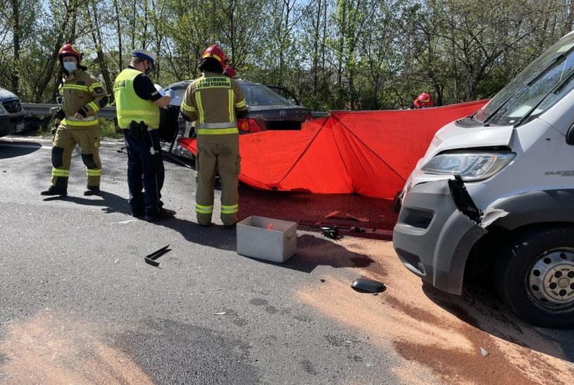 Zderzenie Toyoty z samochodem dostawczym /Policja