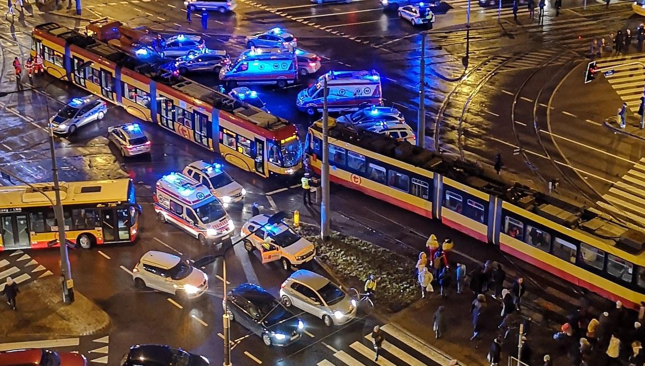 Zderzenie tramwajów w Warszawie. Co najmniej 13 osób rannych