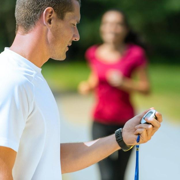 Krótki sprint tak samo zdrowy, jak długi jogging
