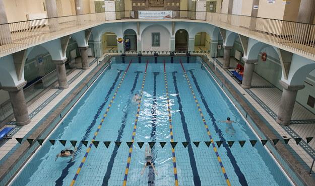 Skracają baseny, by zaoszczędzić na etatach dla ratowników
