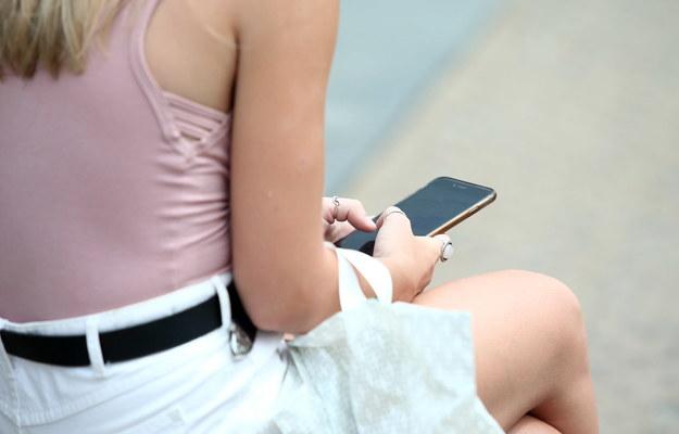 Całkowite zniesienie opłat za roaming w UE? Polska wstrzymuje się od głosu