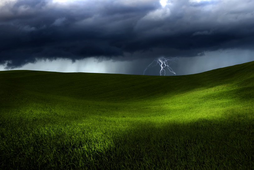 IMGW ostrzega przed silnym wiatrem i opadami deszczu