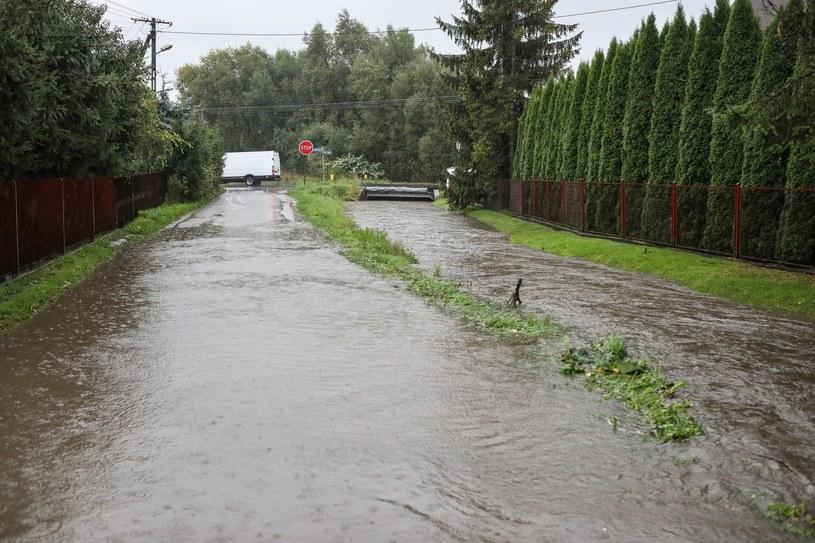 Alarm przeciwpowodziowy w Nowym Sączu i Skawinie