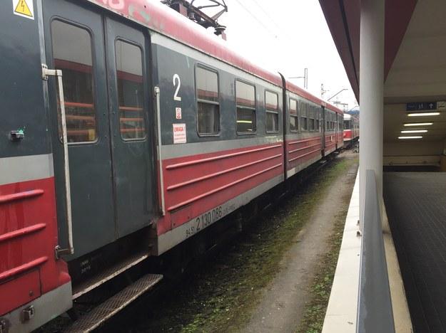 Wstrzymano ruch na trasie Poznań-Leszno. Na przejeździe w Przysiece był wypadek