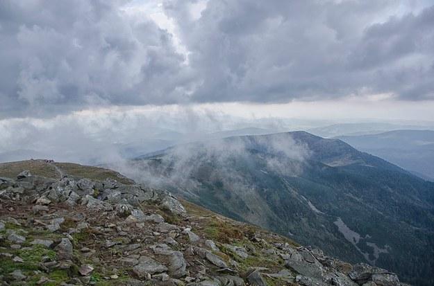 Akcja ratunkowa w Beskidach. Turyści zgubili się w paśmie Babiej Góry