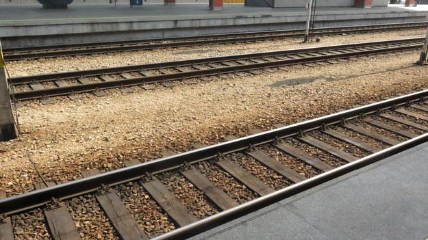 5-latek spadł z peronu. Jego matka odpowie przed sądem