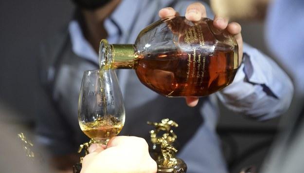 Pierwszy raz w historii Polacy wypili więcej najdroższych alkoholi niż najtańszych