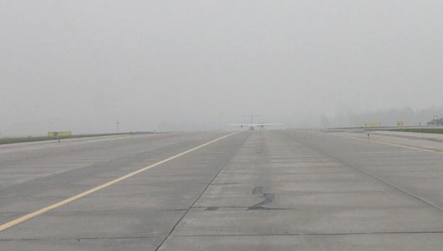 Mgła na poznańskim lotnisku. Trzy loty przekierowano do Wrocławia