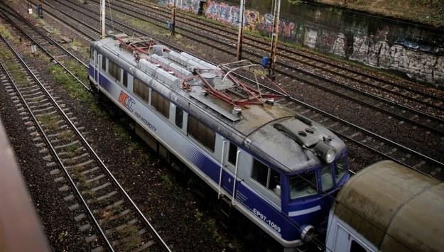 Uszkodzony rozjazd w Warszawie. Pociągi miały opóźnienia