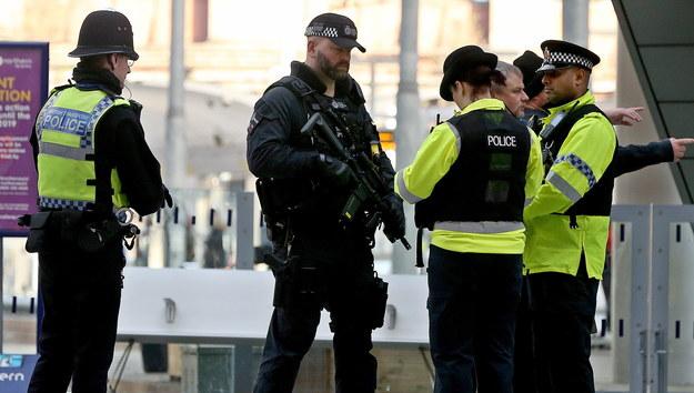 Trzy bomby wysłano na lotniska i dworzec kolejowy w Wielkiej Brytanii