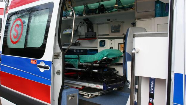 Runęło zadaszenie w Gliwicach. Jeden mężczyzna zginął, drugi trafił do szpitala