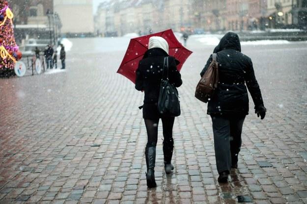 Uwaga na marznący deszcz. Gołoledź co najmniej do Nowego Roku [PROGNOZA]