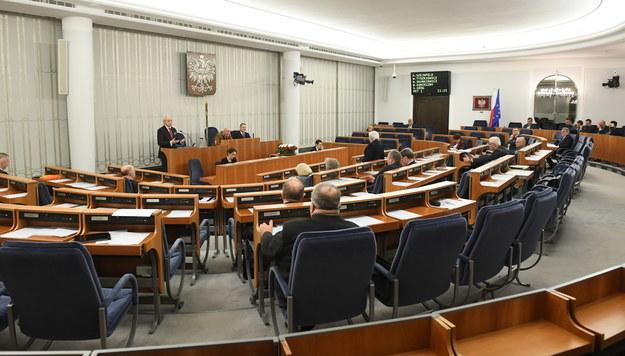 Senat chce zmian w budżecie. Domaga się m.in. prawie 2 mld zł na onkologię
