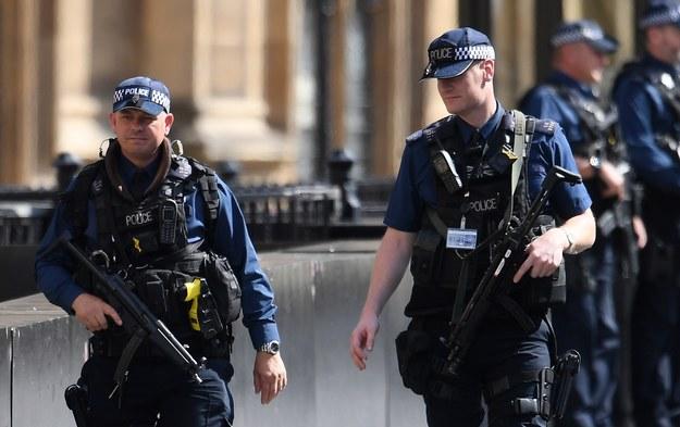 Brytyjskie służby w ostatnich latach udaremniły 25 ataków terrorystycznych