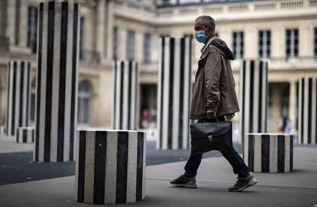 Ponad 3,3 tys. nowych przypadków koronawirusa we Francji