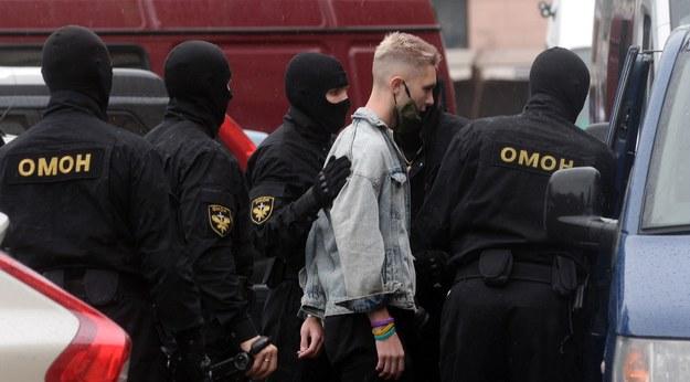 Komisarz ONZ: Kilkaset przypadków milicyjnych tortur na Białorusi, w tym gwałt