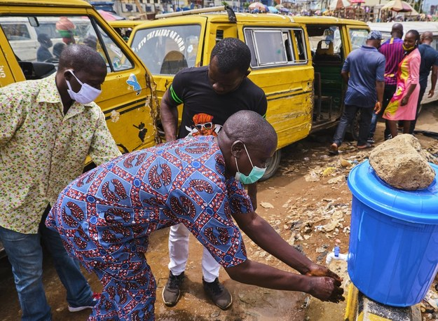 Nowy wariant koronawirusa w Nigerii. Ma inne pochodzenie niż brytyjski szczep