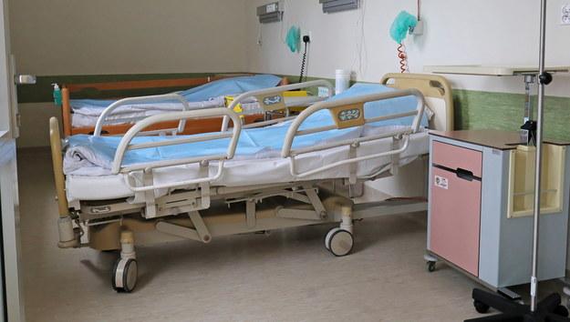"""Resort chce otworzyć SOR w radomskim szpitalu covidowym. """"To naraża pacjentów"""""""