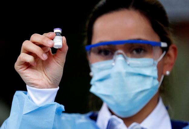 Przełomowe badania. Szczepionka Pfizera po pierwszej dawce efektywna w 85 proc.