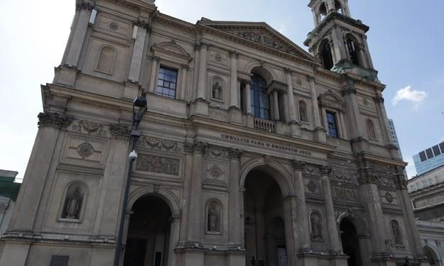 Były szef GIS: Bezwzględnie powinna zapaść decyzja o zamknięciu kościołów