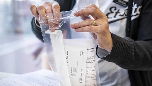 Darmowe szybkie testy na obecność koronawirusa dla wszystkich w Anglii