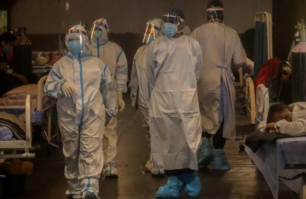 """Pandemia w Surinamie """"wymknęła się spod kontroli"""". Brakuje łóżek i tlenu w szpitalach"""