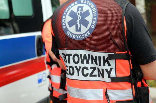 6 osób, w tym 4 dzieci, poszkodowanych w zderzeniu aut na obwodnicy Daleszyc
