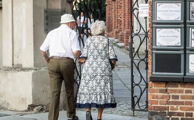25 proc. dodatkowej emerytury dla wdów i wdowców. Pomysł posłanek PO
