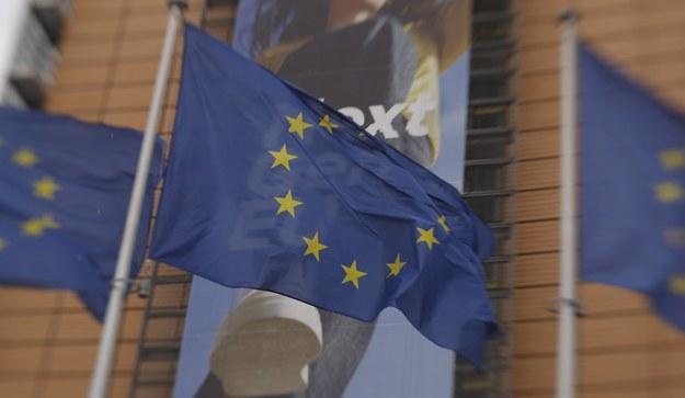 Wstrzymane miliardy euro dla Polski. Kilka krajów popiera KE