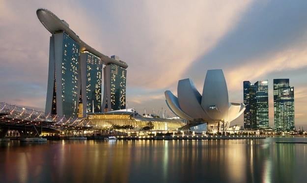 """Singapur wprowadza nowe restrykcje. Nie wyszła taktyka """"życia z Covidem"""""""