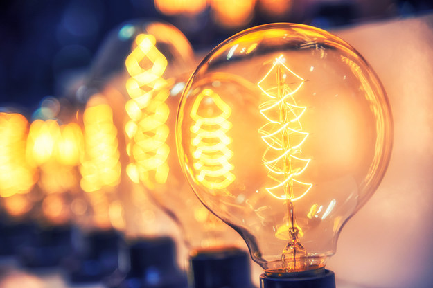 Droższy prąd. Budżet na dopłaty dla najuboższych ma być zwiększony