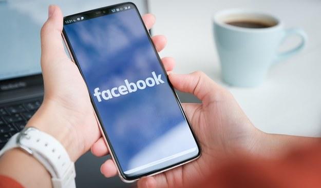 Niemiecka minister: Ważne, by nałożyć lejce na Facebooka i je zacisnąć