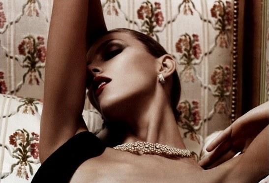 Zdjęcia fotografów Vogue działają na zmysły od 1920 roku /materiały prasowe