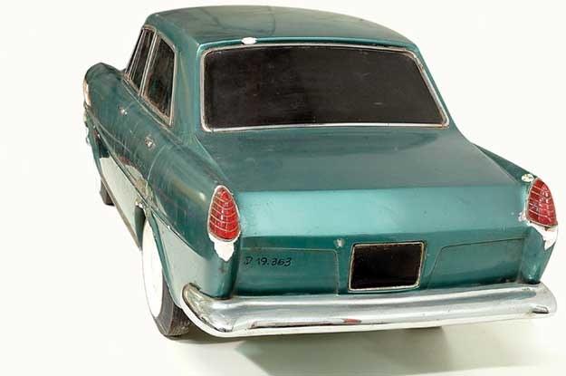 Zdjęcia gipsowego modelu. Fot. Classicauto /