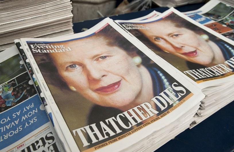 Zdjęcia Margaret Thatcher pojawiły się na pierwszych stronach brytyjskich gazet /AFP