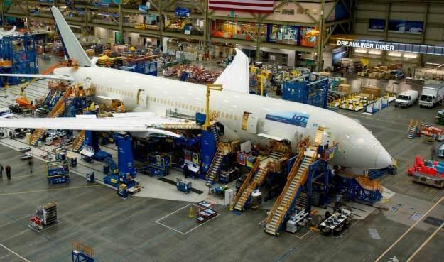 Zdjęcia nowego 787 opublikowane przez LOT na swoim profilu na Facebooku /materiały prasowe