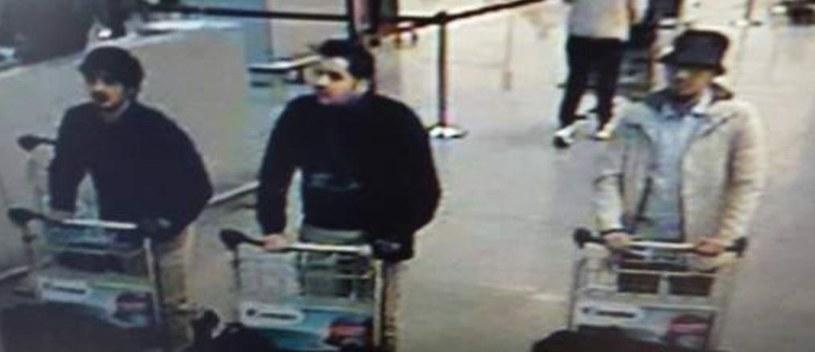 Zdjęcia podejrzanych o dokonanie zamachów w Brukseli /Twitter /