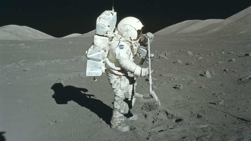 Zdjęcie astronauty podczas misji Apollo 17 /NASA