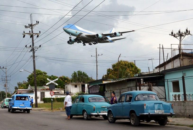 Zdjęcie dnia: Spotkanie dwóch światów /Alberto Reyes (Reuters) /Agencja FORUM