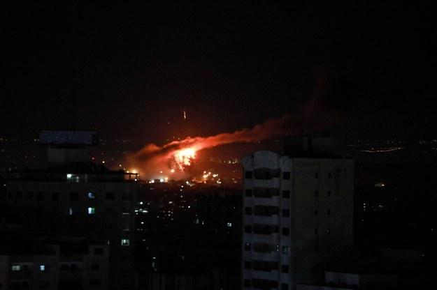 Izrael atakuje cele w Strefie Gazy. Pierwszy taki incydent od zawieszenia broni