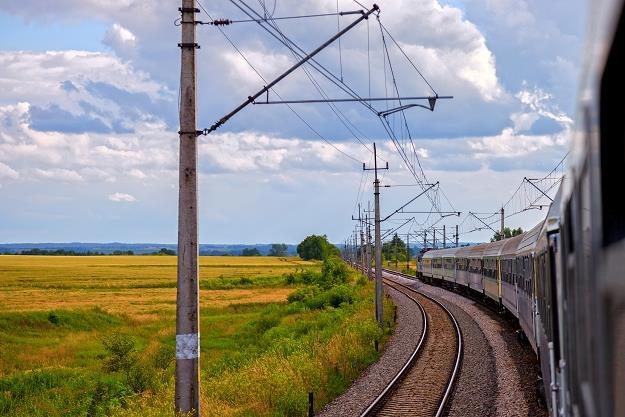 Zdjęcie ilustracyjne Na trasie Nowy Targ – Zakopane wykonywanych jest 31 kursów dziennie /©123RF/PICSEL