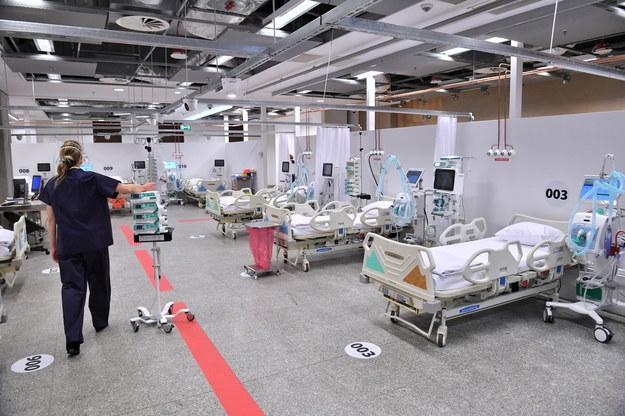 Bulwersujące stanowisko płockiego szpitala. Chodzi o budowę tymczasowej lecznicy