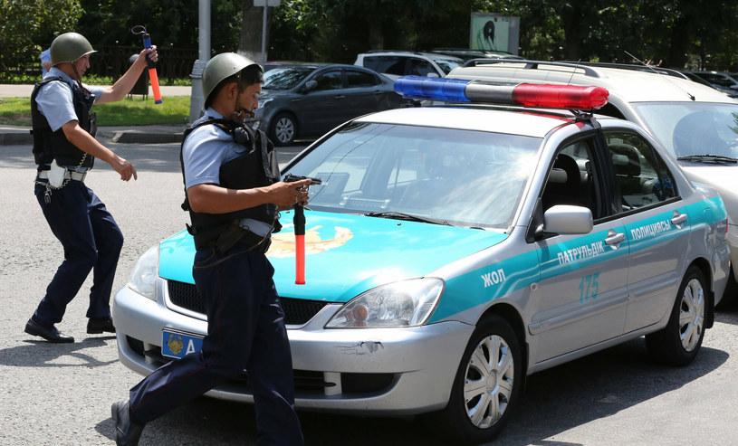 Zdjęcie ilustracyjne - policjanci podczas strzelaniny w Ałma-Acie /Imago/Xinhua/ /East News