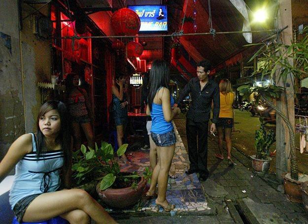 Zdjęcie ilustracyjne: Prostytutki w jednym z malezyjskich miast /AFP