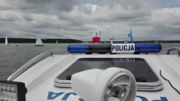 Opolskie: Pijani obcokrajowcy dryfowali po jeziorze