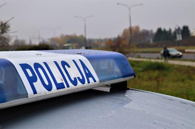 Pijany kierowca uciekał przed policją i zderzył się czołowo z bmw