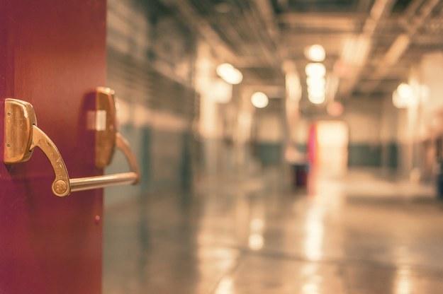 Opole: Przeraźliwy smród w szpitalu położniczym. Pacjentki przeniesiono