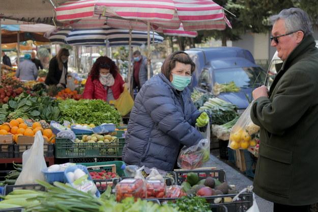 Z Chin lecą do Polski maseczki ochronne. To tam przeniesiono 80 proc. ich produkcji